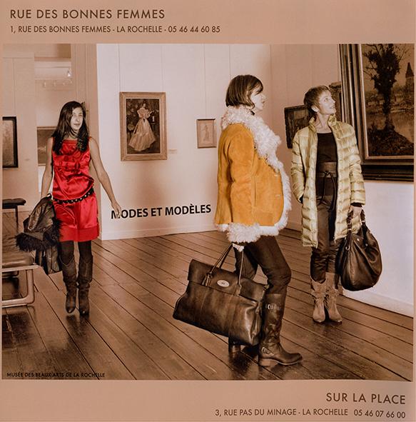 """Tapage série mode """"Sur la place"""""""